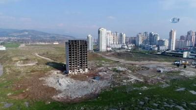 cansiz manken -  13 katlı bina iki kez patlatıldı, ancak yıkılmadı