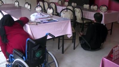 Engelli çiftin okuma yazma sevinci - MUŞ