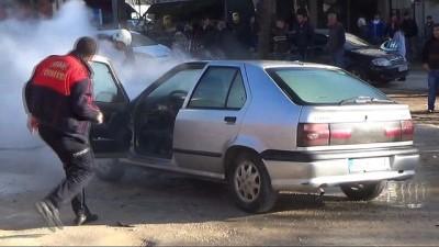 Seyir halindeki LPG'li araç alev aldı