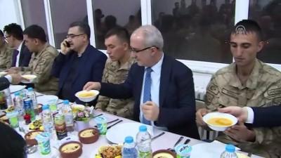 sehadet - Diyanet İşleri Başkanı Erbaş, Hakkari'de Mehmetçik'i ziyaret etti (1) - HAKKARİ