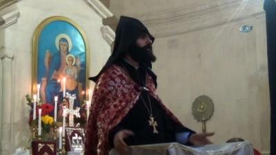 Ermeniler Hatay'da 'İsim Günü' ayininde buluştu