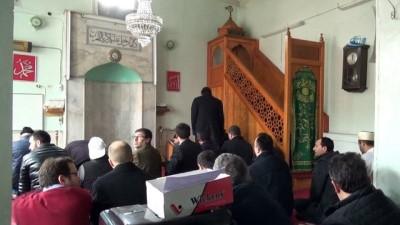 Bu camide 1 haftadır elektrikler yok