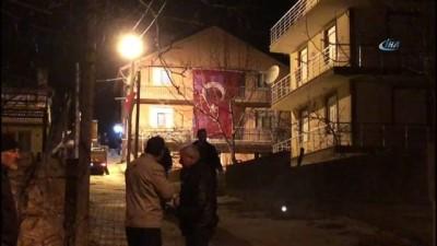 Ağrı şehidinin baba ocağına Türk bayrağı asıldı