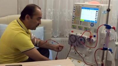 Evde hemodiyaliz alan 42 yaşındaki hastaya böbrek nakli