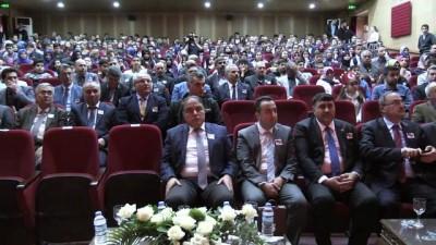 'İstiklal Şairi Mehmet Akif' adlı oyunu Türkler ve Suriyeliler birlikte izledi - KİLİS