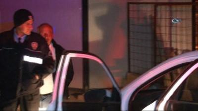 Otomobilden havaya ateş eden şüpheliler kovalamaca sonucu yakalandı