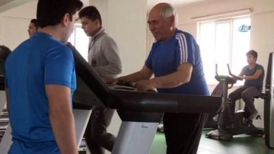75 yaşında spor yaparak sağlığına kavuştu