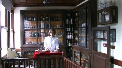 kimlik karti - Sağlık Tarihi Müzesi ziyaretçilerini geçmişe yolculuğa çıkaracak - BURSA