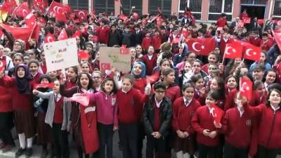 Ortaokul öğrencilerinden 'Şehitler yoklaması' - ELAZIĞ