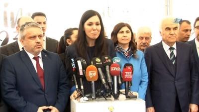 AK Parti Genel Başkan Yardımcısı Karaarslan, 'Şehrim 2023' otobüsünde vatandaşlarla buluştu
