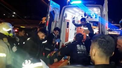 Bahçelievler'de otomobil bariyerlere çarptı: 1 yaralı - İSTANBUL