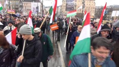 - Budapeşte'de Soros Karşıtı ''Barış Yürüyüşü''