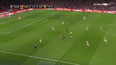 Hakan Çalhanoğlu'ndan Arsenal'e harika gol