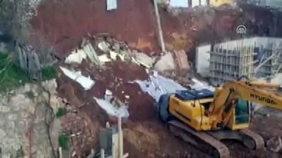 İnşaatın istinat duvarı çöktü - KOCAELİ