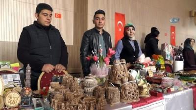 Öğrenciler el ele Oltu'dan Afrin'e