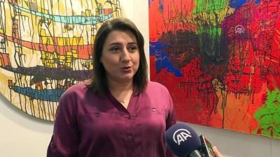 Ressam Ayvaz'dan kum ve varak ile İstanbul tasviri - ANKARA