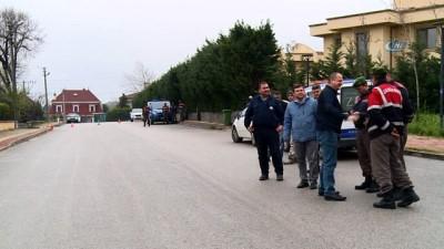 Villanın kaçak katı balyozla yıkıldı