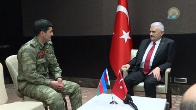 - Başbakan Yıldırım, Karabağ Gazisiyle Görüştü