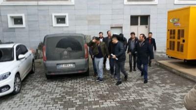 Sigara kaçakçıları polise yakalandı: 4 gözaltı