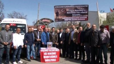 Dolmuş şoförleri bir günlük gelirlerini Mehmetçik vakfına bağışladı