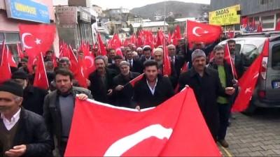 İliç Halkı 'Malımızla Canımızla Bizde Buradayız' dedi Mehmetçik için 400 bin TL topladı