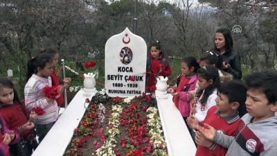 'Koca Seyit' anıt ve mezarına ziyaretçi akını - BALIKESİR