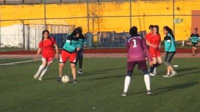 Şırnaklı kadın futbolcular ön yargıları yendi, hedef milli takım