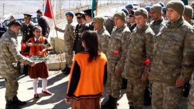 18 Mart Şehitleri Anma Günü ve Çanakkale Zaferi'nin 103. yıl dönümü - VAN