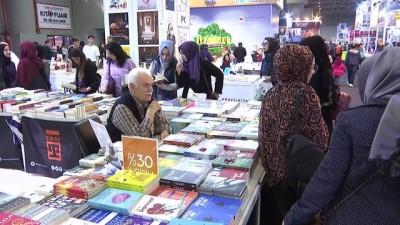 'CNR 5. Uluslararası Kitap Fuarı' sona erdi - İSTANBUL