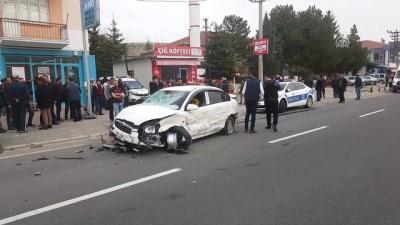 Trafik kazası: 2 ölü, 3 yaralı - KIRŞEHİR