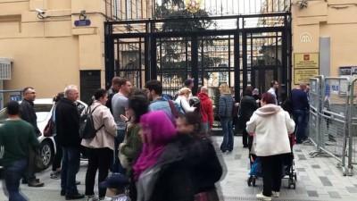 Türkiye'deki Rus vatandaşları sandık başında - İSTANBUL