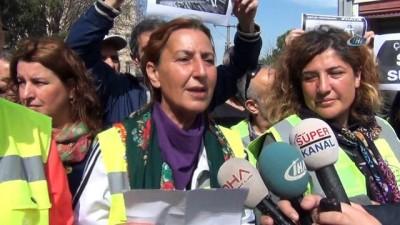 """""""Anneyim, kadınım, insanım. 3 kadın 40 milyon ses"""" ile yola çıkan kadınlar İnegöl'de"""