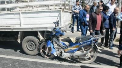 Babasının kullandığı motosiklet küçük Azra'nın sonu oldu