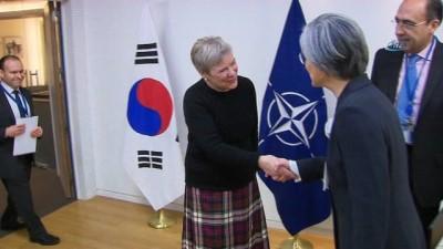 - Güney Kore Dışişleri Bakanı Nato Karargâhında