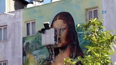Mersin'deki konutları dünyaca ünlü resimler süsledi