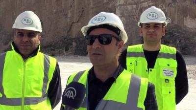 Hasankeyf'teki tarihi yapıların güçlendirilmesi için 180 milyon lira bütçe (2) - BATMAN