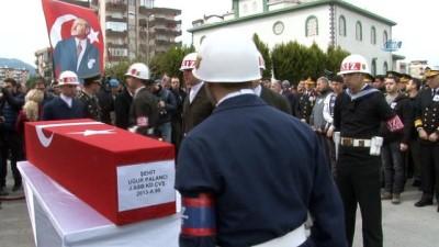 İzmir, Afrin şehidini son yolculuğuna uğurladı