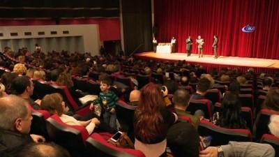 İzmir Uluslararası Kukla Günleri başladı