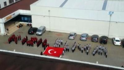 Komando marşı İle Mehmetçiğe destek