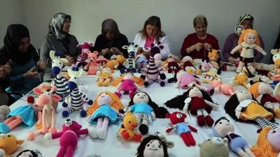 Lösemili çocuklar için organik ipten oyuncak ördüler - ÇANKIRI