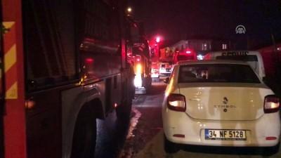 Maltepe'de ev yangını - İSTANBUL
