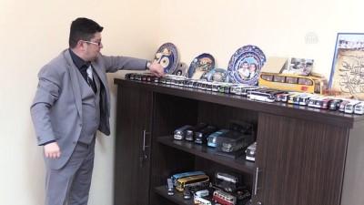 'Otobüs sevdası' koleksiyona dönüştü - AFYONKARAHİSAR