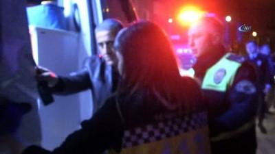Engelli abla ve kardeşin yaşadığı evde yangın... Dumandan etkilenen 4 kişi hastaneye kaldırıldı Video