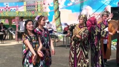 Özbekler nevruzu 'sümelek' tatlısıyla kutluyor - TAŞKENT