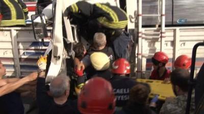 Tıra çarpan kamyonun sürücüsü sıkıştığı yerden 40 dakikada çıkarılabildi