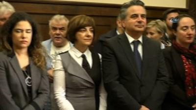 - Atina'daki şehit diplomatlar için tören