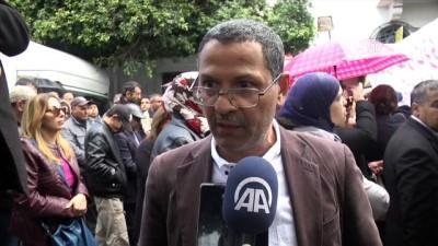 Lise öğretmenlerinden 'emeklilik yaşı' protestosu - TUNUS