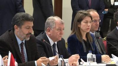 Bakan Özlü: 'Türkiye'de üretilen araçlardaki yerlilik oranını artırmamız gerekiyor'