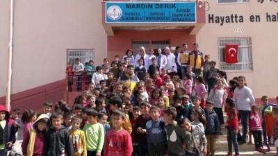 Mardin'de belediyeden öğrencilere sağlık taraması - MARDİN