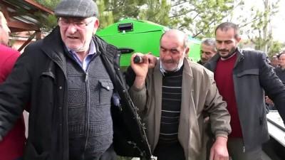 Silahlı saldırıda öldürülen Celal Koral defnedildi - SİVAS